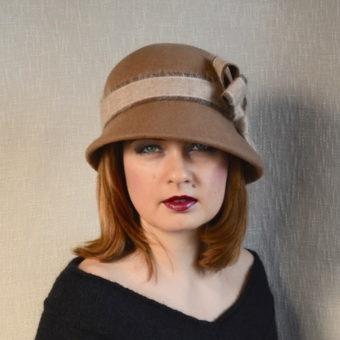 EMĪLIJA brūna sieviešu ziemas cepure