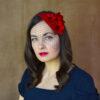 VERONIKA sarkana filca galvas rota ar ziediem