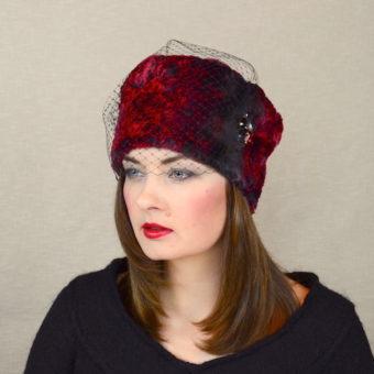 MILA - mākslīgās kažokādas ziemas cepure ar plīvuru