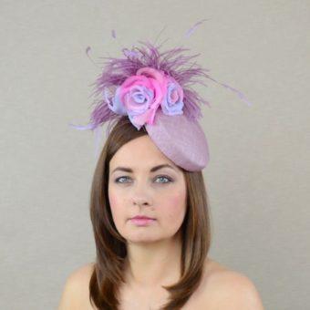 ARIANNA rozā cepure ar zīda ziediem