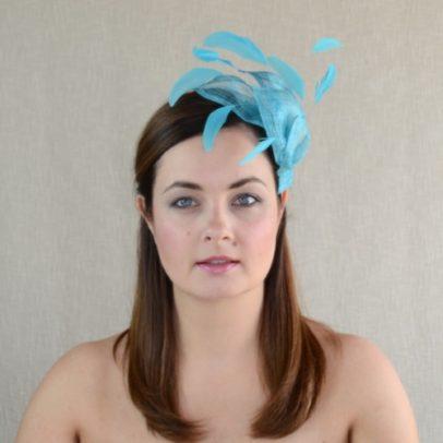 SANDRA gaiši zila galvas rota ar spalvām