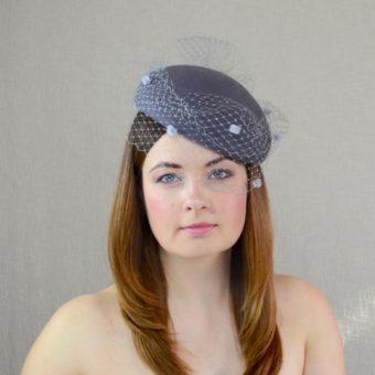 DARLA pelēka filca cepure ar plīvuru