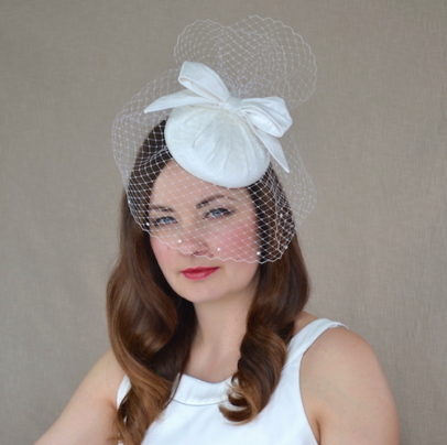 NATĀLIJA dabīgā zīda līgavas cepure ar plīvuru